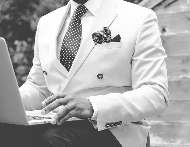 elegantní oblek