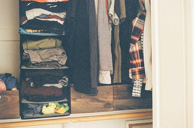 naházené oblečení