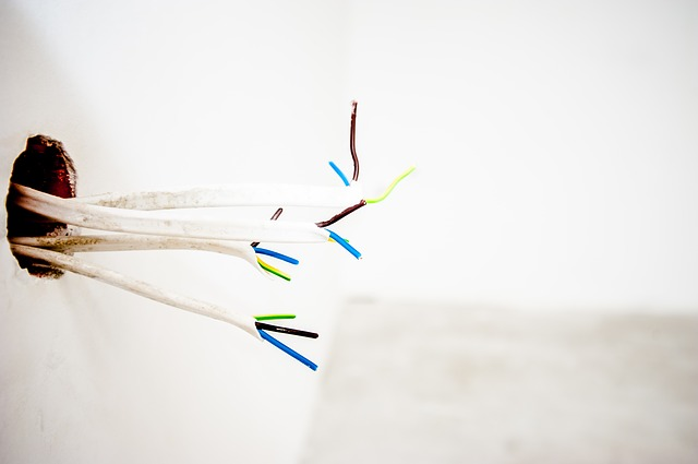 kabely od elektřiny.jpg